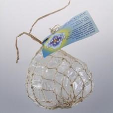 Кристаллы в сетке из пальмы Абака